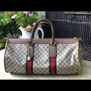 Authentic Gucci Duffle/Carry on Bag Vintage 🌺